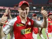 Thể thao - Tin HOT 16/5: Bị mù mắt vì bóng cricket bay vào mặt