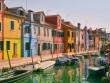 Dạo chơi giữa thị trấn cổ tích rực rỡ sắc màu ở Ý