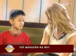 """Britney Spears cũng  """" phát cuồng """"  với hot boy VN Idol"""