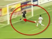 """Video bóng đá hot - Top clip """"độc"""" 11-18/05: Tai họa chuyền về như sút"""