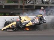 Clip Đặc Sắc - Thoát chết dù xe đua vỡ tan và bốc cháy