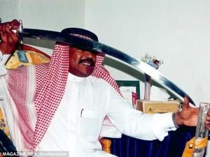 Tin tức trong ngày - Saudi Arabia tuyển gấp đao phủ chuyên chặt đầu người