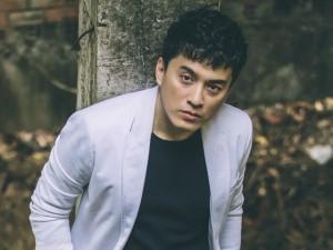 """Lam Trường chi tiền """"khủng"""" làm MV tặng vợ"""