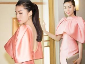 """Thời trang - Hoa hậu Kỳ Duyên """"kín trước, hở sau"""" với đầm hồng"""