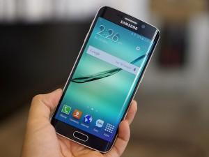 Dế sắp ra lò - Samsung Galaxy S6 và S6 Edge chạm mốc 10 triệu máy