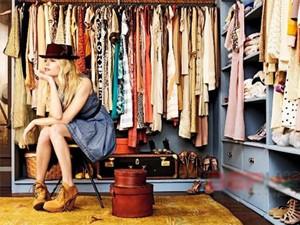 Thời trang - 4 cách gấp quần áo cực nhanh lại đẹp