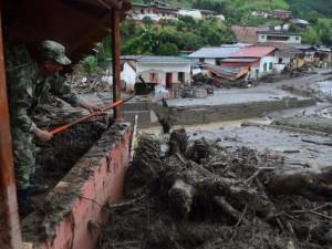 Tin tức trong ngày - Colombia: Bị lũ quét vùi lấp, bé 11 tháng sống sót thần kỳ