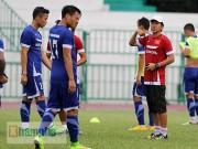 """Bóng đá - Thầy trò HLV Miura """"dãi nắng, dầm mưa"""" ở Thái Lan"""