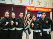Thể thao - Vẻ đẹp rạng rỡ của á hậu Tú Anh- đại sứ SEA Games 28
