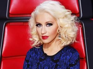 "Christina Aguilera tung video ""nhái"" Britney Spears"