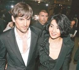 Phim - Chuyện tình buồn của mỹ nhân Hoa với trai Tây
