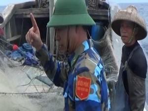 Tin tức Việt Nam - Áp tải 3 tàu cá Trung Quốc ra khỏi Vịnh Bắc Bộ