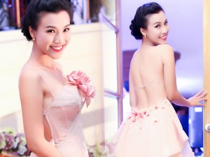 Thời trang - Á hậu Hoàng Oanh hấp dẫn với eo thon, lưng trần