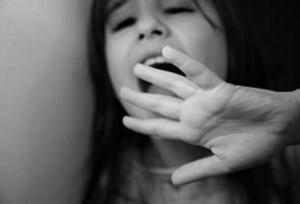 Giới trẻ - Những vụ lạm dụng tình dục trẻ em chấn động thế giới