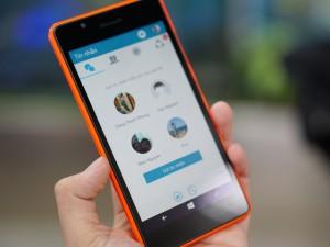 """Dế sắp ra lò - Điện thoại """"tự sướng"""" Lumia 540 lên kệ"""