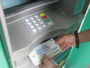 """An ninh Xã hội - """"Mây mưa"""" xong lấy thẻ ATM của bạn gái rút tiền xài"""
