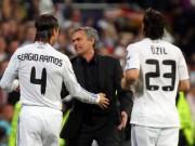 """Bóng đá - Bị """"Judas"""" bán đứng tại Real, Mourinho ức """"phát khóc"""""""