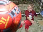 """Bóng đá - Mourinho phát sốt với """"sát thủ"""" nhí 7 tuổi ghi 97 bàn/mùa"""