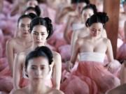 Phim - Một vạn cung nữ ăn mặc khêu gợi gây sốt màn ảnh Hàn