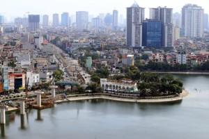 """Tin tức Việt Nam - HN: """"Đất vàng"""" công viên, hồ bơi để... nuôi cá nhà hàng"""