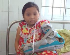 Tin tức trong ngày - Khởi tố người cha đánh con gái gãy tay, ném xuống giếng