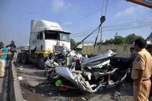 Tin tức trong ngày - TNGT 5 người chết: Không có chuyện phụ xe 15 tuổi cầm lái