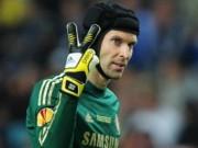 """Bóng đá - Tin HOT tối 3/6: Mourinho tức """"sôi máu"""" vì Cech"""