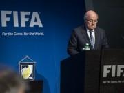 """Tin bên lề bóng đá - Dù đã từ chức, Sepp Blatter vẫn """"cố đấm ăn xôi"""""""