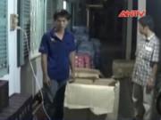 Video An ninh - Bắt quả tang vụ vận chuyển hàng cấm trên 100 triệu đồng