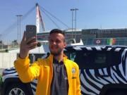 Tin bên lề bóng đá - Đi bộ xuyên châu Âu để cổ vũ Juventus ở CK C1