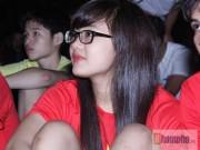 SEA Games 28 - Nỗi niềm của fan nữ xinh vì 1 bàn thắng của U23 VN