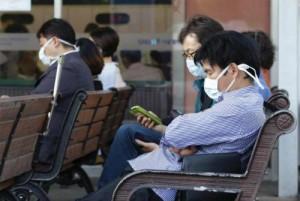 Sức khỏe đời sống - MERS-CoV làm đảo lộn cuộc sống người dân Hàn Quốc