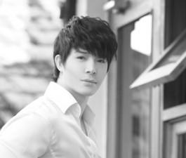 Sao ngoại-sao nội - Nathan Lee điển trai như tài tử Hàn Quốc