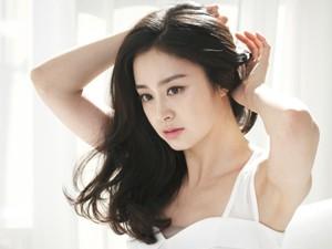 Trị mụn và nám da - Diễn viên đẹp nhất Hàn Quốc giữ gìn nhan sắc thế nào?