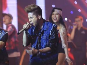 Ca nhạc - MTV - Hoàng Tôn bị Phương Uyên cảnh cáo vì quên lời