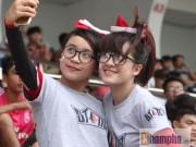 Bóng đá - Dàn hot girl quy tụ tại giải bóng đá sinh viên TP.HCM