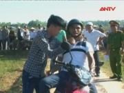 Video An ninh - Nam sinh đâm bạn hàng chục nhát, cướp xe máy trong đêm