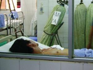 An ninh Xã hội - Đâm chết vợ rồi đâm dao vào ngực tự sát