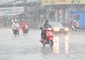 Tin thời tiết - Ngày mai, Bắc Bộ mưa dông, nhiệt độ giảm