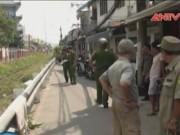 Camera hành trình - Đứng giữa đường ray, người đàn ông bị tàu hỏa cán chết