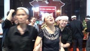 Tin tức Việt Nam - Đẫm nước mắt tiễn đưa 5 nạn nhân vụ cháy ở HN