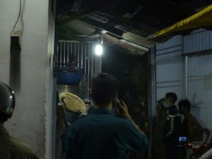 An ninh Xã hội - Mở cửa phòng trọ trong đêm, bất ngờ bị đâm chết