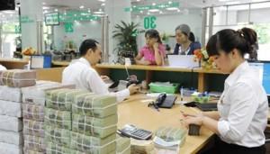 Ngân hàng - Cho tiền cũng không xử lý hết nợ xấu