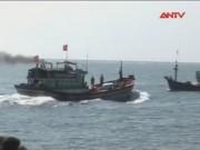Video An ninh - Tàu Trung Quốc đập phá, cướp tài sản ngư dân Quảng Ngãi