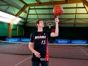 Tennis 24/7: Murray thất bại với bóng rổ