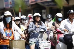 Tin tức trong ngày - Hôm nay, nắng nóng bao phủ Hà Nội