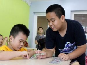 """Bạn trẻ - Cuộc sống - """"Thần đồng"""" Nhật Nam trở thành thầy giáo của 1000 em nhỏ"""