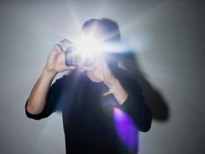 Công nghệ thông tin - 4 lý do không nên lạm dụng đèn flash khi chụp hình