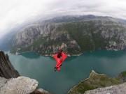Du lịch - Rợn tóc gáy với 10 địa điểm nhảy mạo hiểm nhất thế giới