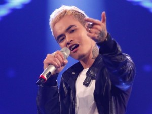 """Ca nhạc - MTV - """"Ma cà rồng"""" cá tính bất ngờ bị loại khỏi Vietnam Idol"""